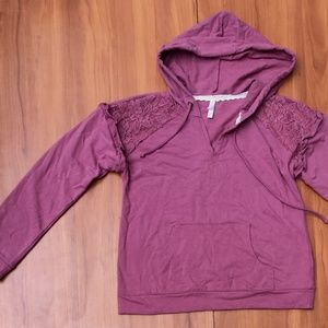 casual NEW💐 xhilaration Lavender V-Neck Hoodie M